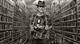 INTERVIEW: HOWE GELB